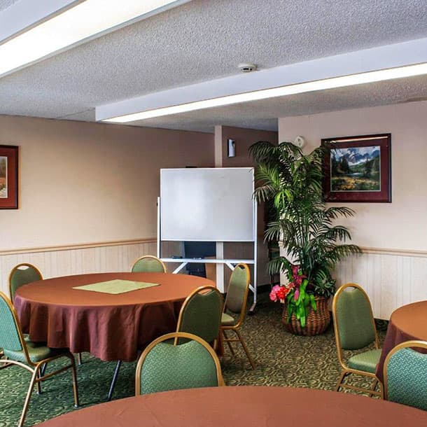 Conduct Business Meetings in SureStay Hotel by Best Western SeaTac North
